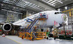 manutenção aeronave célula